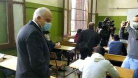 محافظ الجيزة يتفقد امتحانات أولى ثانوي بمدرسة السعيدية