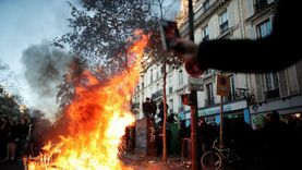 عاجل.. فرنسا: جرح 23 شرطيا في باريس و14 في مدن أخرى جراء الاحتجاجات