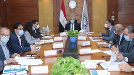 وزير النقل يتفق مع مسؤولي البنك الدولي على تمويل تحديث إشارات القطارات