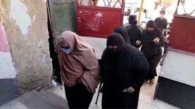 إقبال السيدات وكبار السن في جولة الإعادة للانتخابات بالمحافظات