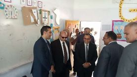 نائب محافظ شمال سيناء يتفقد الإجراءات الاحترازية بلجان العريش