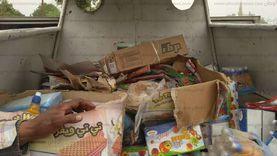 إعدام 23 طن أغذية فاسدة بعد ضبطها في مخازن سلع قبل ترويجها