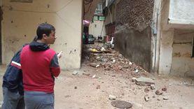 خسائر جديدة للأمطار بالإسكندرية.. انهيار سور على عقار مجاور دون إصابات