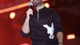 تامر حسني يحيي حفلا «كامل العدد» في الإسكندرية «صور»