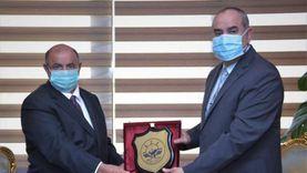 وزير الطيران المدني يبحث مع نظيره اليمني التعاون في مجال التدريب