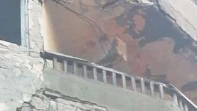 إصابة مواطن وتحطم سيارة في سقوط أجزاء من شرفة منزل بالإسكندرية (صور)