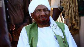 جثمان زعيم حزب الأمة السوداني الصادق المهدي يصل لمطار الخرطوم