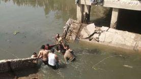 انتشال جثة عامل من ترعة بعد انهيار كوبري في كفر الشيخ