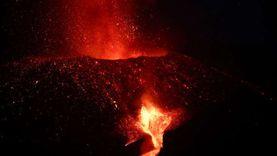 بركان لابالما لن يهدأ قريبا.. توقعات خبراء إسبان