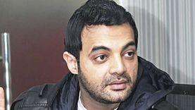أول رد من عمرو محمود ياسين بعد إلغاء ياسمين عبدالعزيز متابعة حسابه