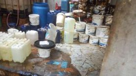 ضبط 5 طن مواد كيماوية بمصنع يعمل بدون ترخيص بمدينة سرس الليان