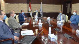 """وزير الإسكان يستعرض مواقع الأراضي المقترحة لتنفيذ الوحدات السكنية بمشروع """"سكن كل المصريين"""""""