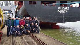 صور.. القصة الكاملة لاختطاف سفينة تركية من قبل قراصنة
