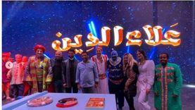 """صور.. خالد النبوي يحضر مسرحية """"علاء الدين"""" في موسمها الجديد"""