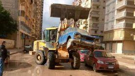 الإسكندرية تنظف شوارعها من السيارات المهملة.. وغرامة على أصحابها (صور)