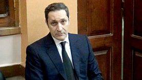 علاء مبارك يعلق بآية قرآنية على حكم إلغاء تجميد أموال أسرته