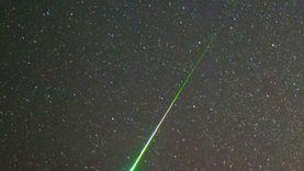 البحوث الفلكية: سماء مصر تشهد ذروة القيثاريات بـ20 شهابا الليلة