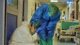 """""""الوباء في أشد مراحله"""".. إيطاليا تبقى أسيرة المخاوف من فيروس كورونا"""