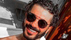 """خالد النبوي مع شيرين رضا في كواليس فيلمه الجديد """"قمر 14"""": قريبا"""