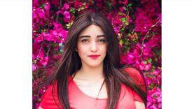 """تأجيل محاكمة منار سامي """"فتاة التيك توك"""" إلى 26 أكتوبر"""