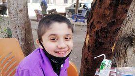 «عبد الرحمن» مصاب بضمور العضلات وعلاجه: حقنة بملايين الجنيهات