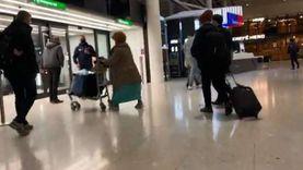 العثور على قنبلة يدوية مع مراهق في مطار «هيثرو» بلندن