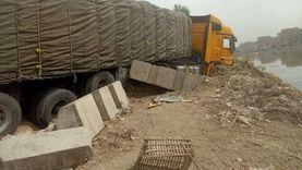 شلل مروري بطريق «بنها - كفرشكر» بعد تصادم سيارتي نقل ثقيل