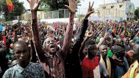 رئيس مالي يحل المحكمة الدستورية استجابة لمطالب المتظاهرين