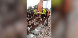 بدء تغيير قضبان بنها بعد حادث القطار