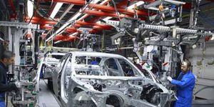 تجار السيارات يرحبون بخطوات الدولة لصناعتها محليا: ستنعش الأسواق
