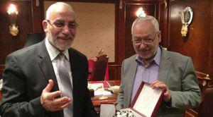 زعيم حركة النهضة التونسية الإخوانية مع مرشد الاخوان في مصر محمد بديع (أرشيفية)