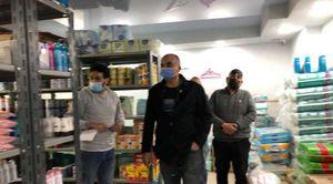 اللواء احمد عبد الفتاح رئيس حي الدقي يقود حملات لغلق الصيدليات المخالفة