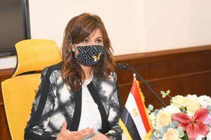وزيرة الدولة للهجرة تلقى محاضرة لإعلاميى جنوب السودان بالتعاون مع وزارة الدولة للإعلام
