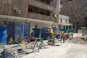 وزارة النقل تعلن استمرار تنفيذ أعمال واصلاح عمارة الشربتلي
