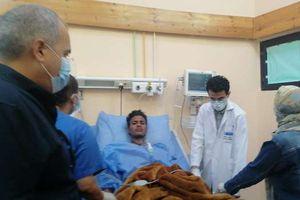 وكيل وزارة الصحة بالبحر الأحمر يتفقد مصابي حريق مهرجان الجونة