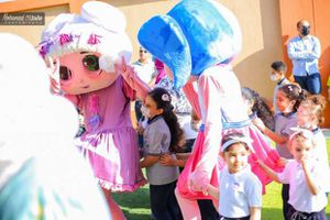 بالصور .. بالأغاني الوطنية تستقبل أول مدرسة دولية بكفر الشيخ أطفالها