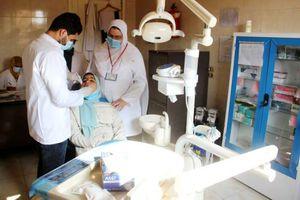 اقبال أهالي المحلة على القوافل والعيادات المتنقلة لتلقي اللقاح بقرية الهياتم