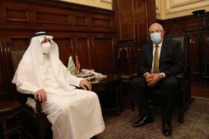 وزير الزراعة يستقبل وفد سعودي رفيع المستوي ويؤكد استمرار حركة الصادرات الزراعية المصرية للمملكة