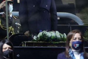 تامر حسني يحيي حفل افتتاح كاس العالم لكره اليد بحضور الرئيس السيسي