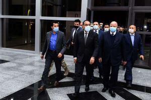 رئيس الوزراء يحضر التدريبات النهائية للمنتخب المصري لكرة اليد تصوير سليما ن العطيفى
