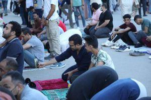 صلاة العيد من مسجد ابو بكر الصديق بشيراتون