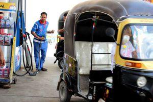 تحريك أسعار البنزين