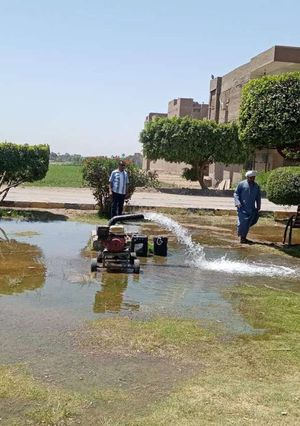 لمواجهة كورونا.. إغراق المتنزهات بالمياه لمنع التجمعات بسوهاج