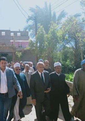 قيادات المحافظة يتدخلون لإنهاء أزمة الثأر في أبوحزام