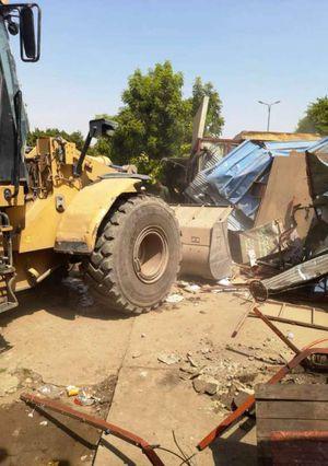 محافظ أسوان : إزالة 25 كشك بحديقة السلام