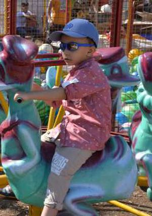 اجواء احتفالات الاطفال بالعيد بالمنصورة