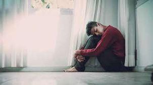مركز إسباني يعالج المشاكل النفسية بالدموع: «عيط براحتك»
