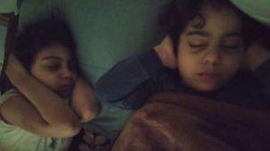 أطفال غزة.. قلق وخوف أثناء النوم واعتقاد أن القصف طبيعي