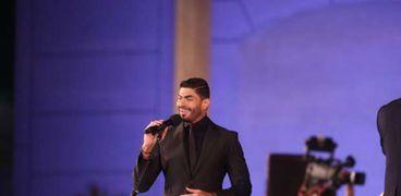 خالد سليم يحتفل بعيد ميلاده بالليلة السادسة من مهرجان الموسيقى العربية
