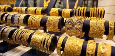 ماذا وراء انهيار الذهب في أسبوع؟.. «شعبة المجوهرات» توضح
